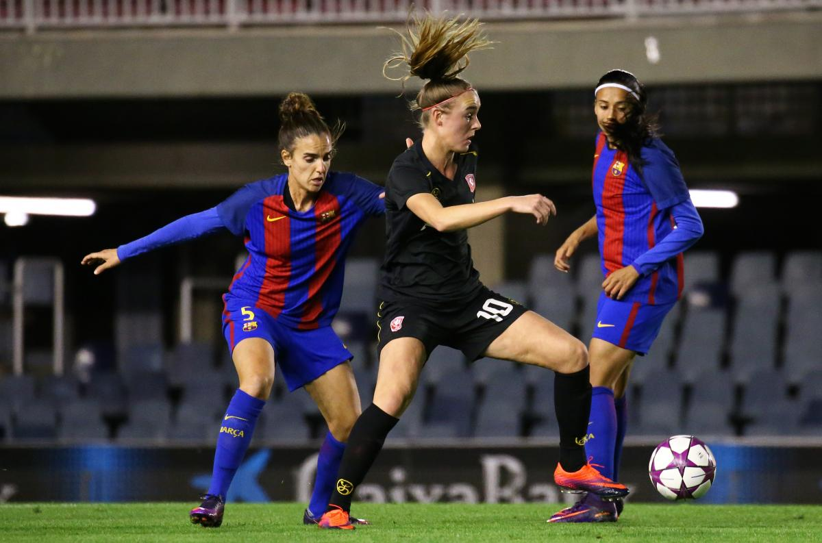 Kit That Fits Developing Women S Sportswear By Anne Miltenburg Works That Work Magazine Women's teams have been playing at spurs since the 1980s. sportswear by anne miltenburg
